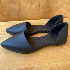 Native Audrey Pointed Toe Black Flat